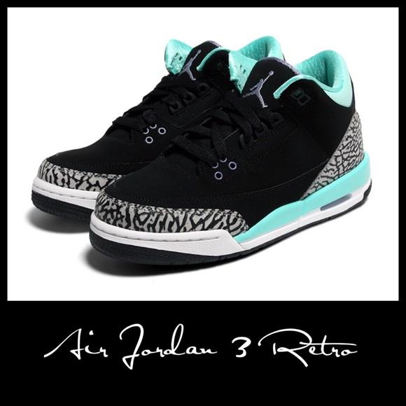 Nike Air Jordan 3 Retro GS Bleached Turquoise 7Y. M 5b2c77bf03087cbe3bd5c8fb 96ba697f3a